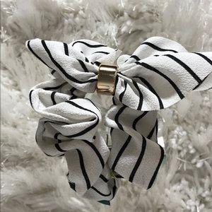 Black and white stripe bow scrunchie